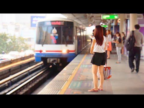 BTS Bangkok Skytrain / BANGKOK 2013