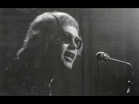 Elton John - Amoreena