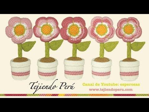 Flores rellenas tejidas a crochet (amigurumi flowers)
