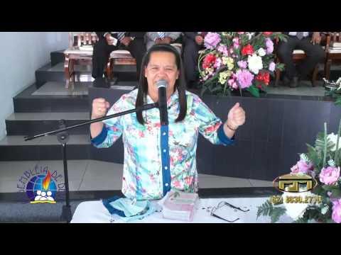 57 Anos do Circulo de Oração da  sede -  IEAD Garanhuns PE - Dirigente irmã Zezé