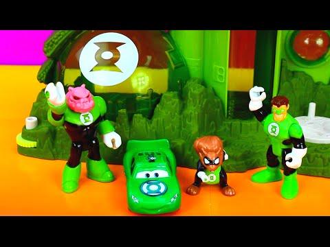 Disney Pixar Cars Green Lantern McQueen saves Green Lantern from Imaginext Bane