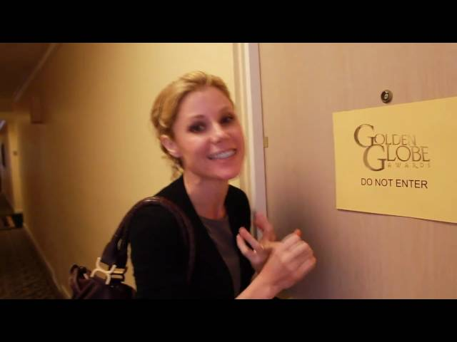 Julie Bowen Takes You Backstage at the Golden Globes!