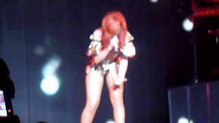 "Rihanna + Jay Z, ""Umbrella"" - Izod Center, July 21 2011"