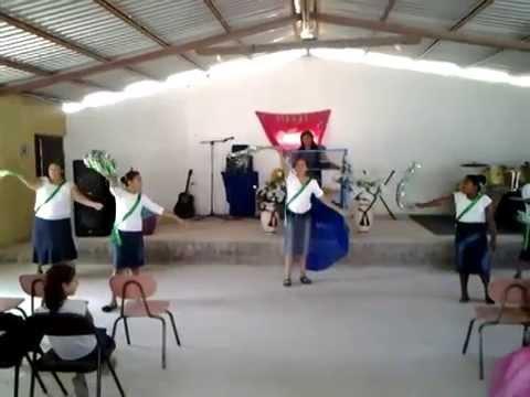 dansa de panderos de la iglesia monte horeb cd.acuña coahuila