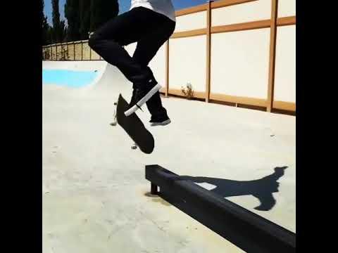 Mini bar life for @shanejoneill 🎥: @danabadi | Shralpin Skateboarding