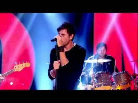 Enrique Iglesias   Tonight Im Loving You Live  Comedy Rocks...