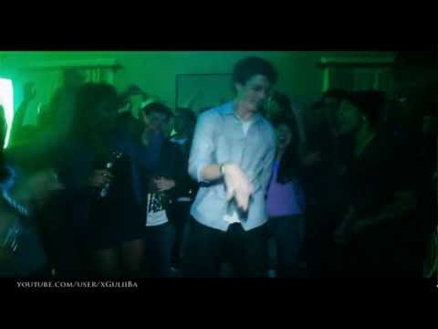 Project X - Miles Teller dancing [Heads Will Roll  - Yeah Yeah Yeahs]