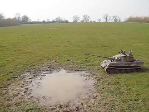 1/6 King Tiger RC Tank going through bog again and again
