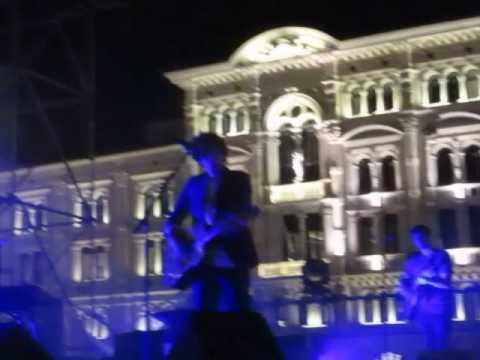 Voodoo Love (VietatoMorireTour @ Piazza Unità d'Italia Trieste) - Ermal Meta lug.09/2017