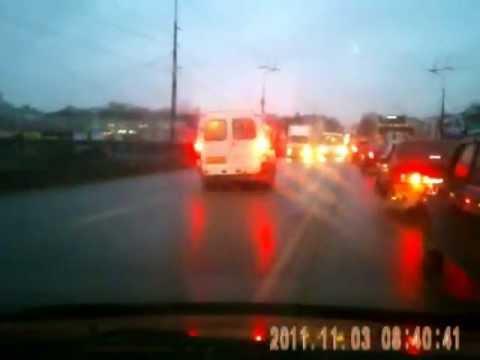 Подборка видео аварий и ДТП за ноябрь 2011