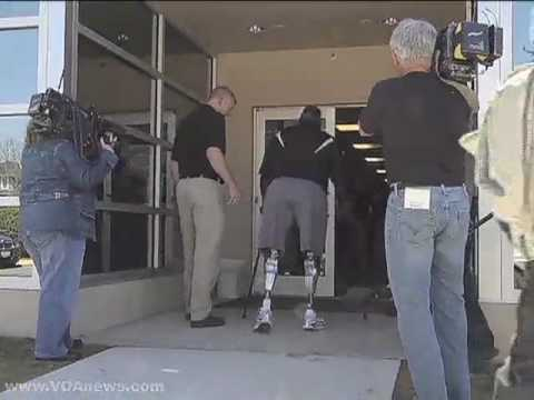 US Military Amputee Fitted With High Tech Artificial Legs