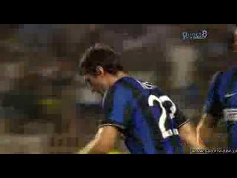 PIRELLI CUP-Incredibile goal di milito- El  nuevoprinci pe de Milano-