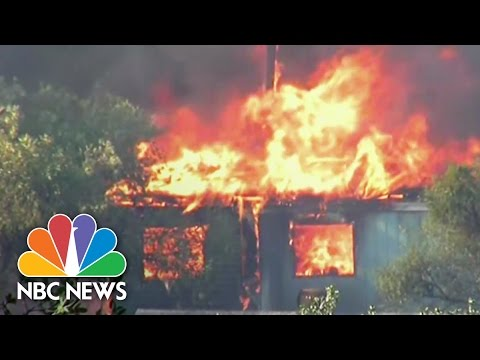 California Wildfires Threaten Yosemite | NBC News