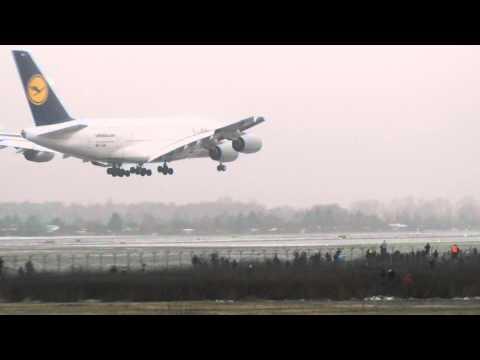Airbus A380 W Warszawie [HD] Lotnisko Chopina (Okęcie) [EPWA] Lądowanie 19.03.2011.MOV