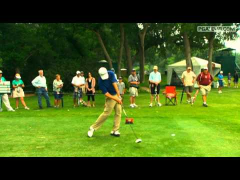In the final round of the 2011 Crowne Plaza Invitational at Colonial, we take a closer look at Charlie Wi's swing off the tee on the par-4 7th hole.