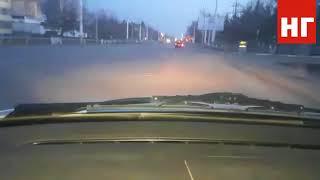 Приора едет с превышением скорости по улицам Костаная
