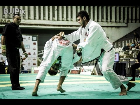IBJJF 2013 Rio Open Black Belt Finals: BJJ Hacks highlight