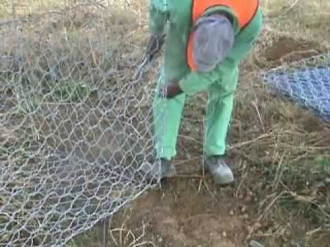 Gabion installation video youtube for Comment installer des gabions