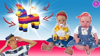 Bruno and reborn babies play the piñata with the kittens and RAPUNZEL
