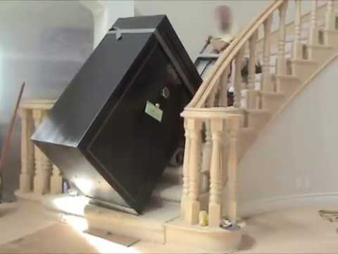 Moving A Huge 800lb Gun Safe Upstairs In Los Angeles