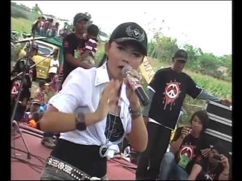 Monata live in Bulangan-ratna antika-watu cilik.flv