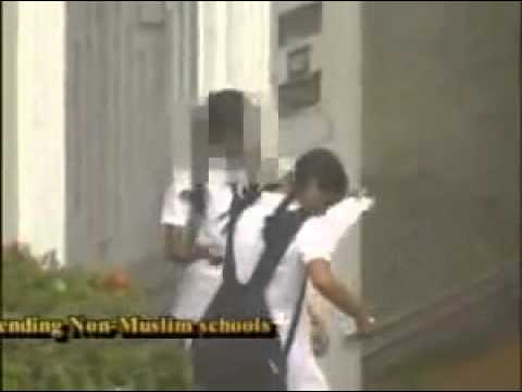 Muslim Students Forced To Remove Hijab At Kerala Schools video