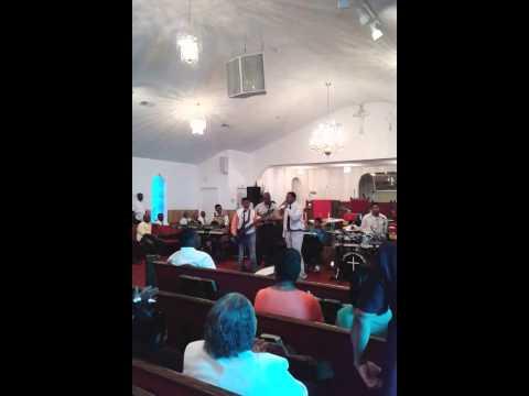 Faithful Few singing