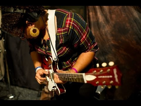 Alabama Shakes - Hang Loose (Live on KEXP)