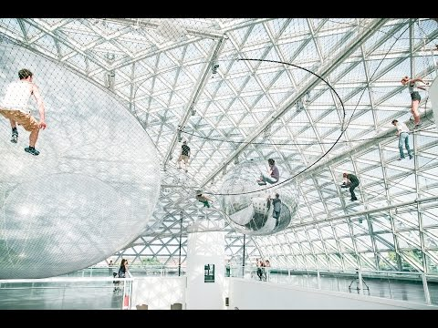 Tomás Saraceno - in orbit
