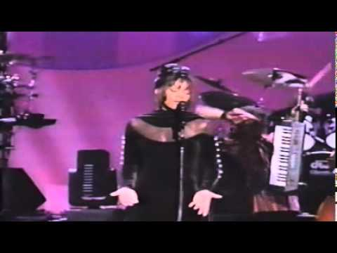 Whitney Houston - Legendary live performance at AMA's '94