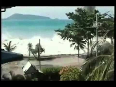 """ Tsunami de Indonesia """