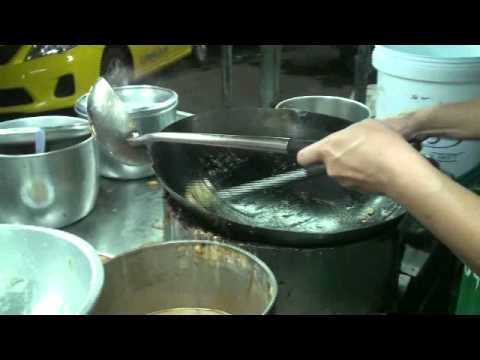 ปทุมธานี คลอง1 ราดหน้าเอ็มไพร์ ราดหน้าที่อร่อยที่สุดในรังสิต 20111012203849