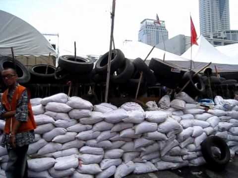 "On the backfoot at Ratchaprasong as the ""Road Map"" gains momentum – 4 May 2010"
