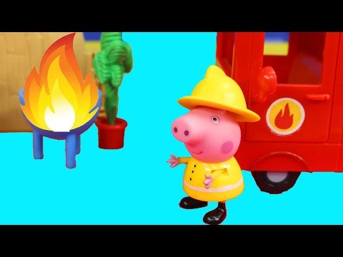 Peppa Pig Fire Truck And Peppa Pig Picnic Bbq Toy Set video