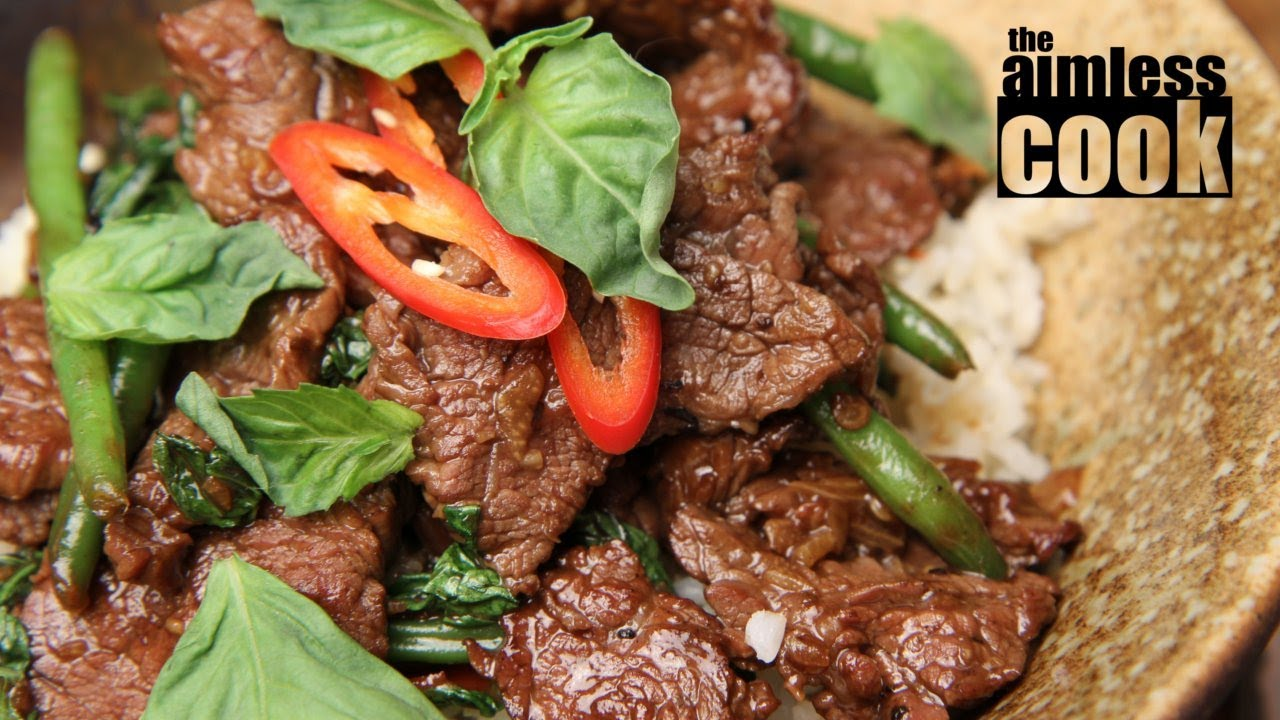 Thai Beef and Basil Stirfry - Thai Cooking - YouTube