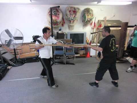 Gorden Lu and Marc Debus - Explanation of some Bat Cham Dao techics - Lo Man Kam Wing Chun
