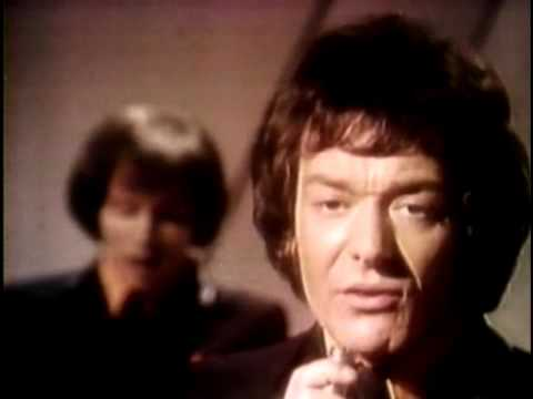The Hollies - He Aint Heavy, He's My Brother (rock 'n' Roll Gold Mine, British Invasion) video