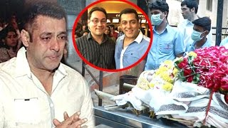 Salman Khan CRYING Badly At Death Of Best Friend Rajjat Barjatya Prayer Meet