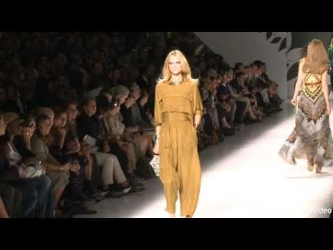Etro: Spring / Summer 2011 collection from Milan Fashion Week