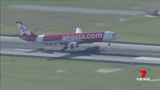 Air Asia Flight (Perth to KL) Shaking Violently - 359 Passengers On-Board Feared For Their Lives