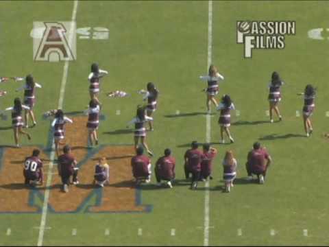 Porristas Final Pumas UNAM vs Aguilas Blancas IPN 29Nov2008