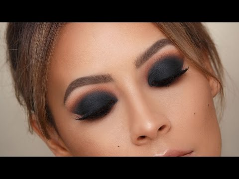 BLACK SMOKEY EYE - BEST TIPS FOR BLENDING   DESI PERKINS