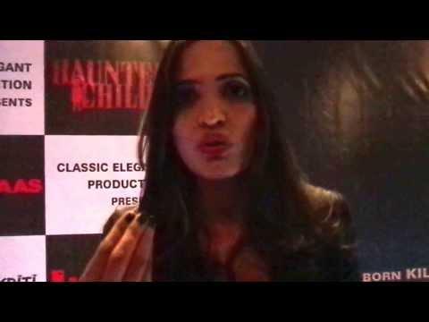 MAH03645 Piyu Chauhan lead actress of Hindi film Haunted Child