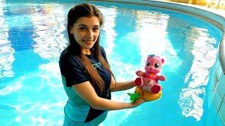 Литл Пони в аквапарке! Ищем Пинки Пай - ToyClub. Развлечения и Игры для детей