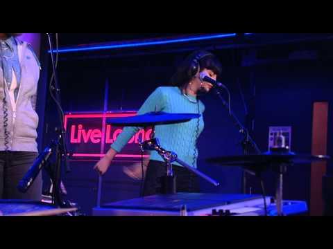 Clean Bandit - Earthquake (Live @ BBC Radio 1 Live Lounge)