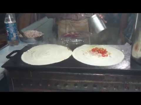 Indian Street Food (Mumbai) - Making of a Dosa
