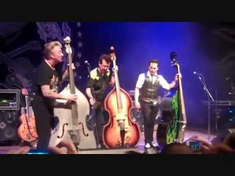 upright bass showdown (wow!) - brian setzer's rockabilly riot