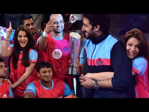 Abhishek Bachchan At Grand Finale Of Pro Kabaddi League