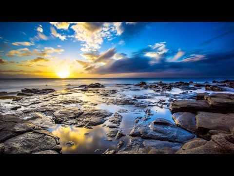 Dimension & Arctic Moon & Zedd Feat. Foxes - Queensland's Clarity (Arctic Moon Mashup) [ASOT 600]