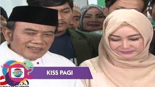 Download Lagu Rhoma Irama Berikan Kejutan Ulang Tahun untuk Ricca Rachim - Kiss Pagi Gratis STAFABAND